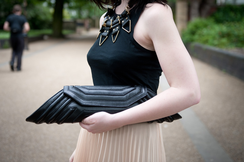 FAIIINT, Black, Nude, Outfit, WIWT, Jovonnista, Pleated, Maxi Skirt, Moxham, Anubis, Necklace, Bracher Emden, Jean Pierre Braganza, Geo, Clutch, Angie Gooderham, Ring, ASOS, Tank top, HR Giger, Alien, Prometheus