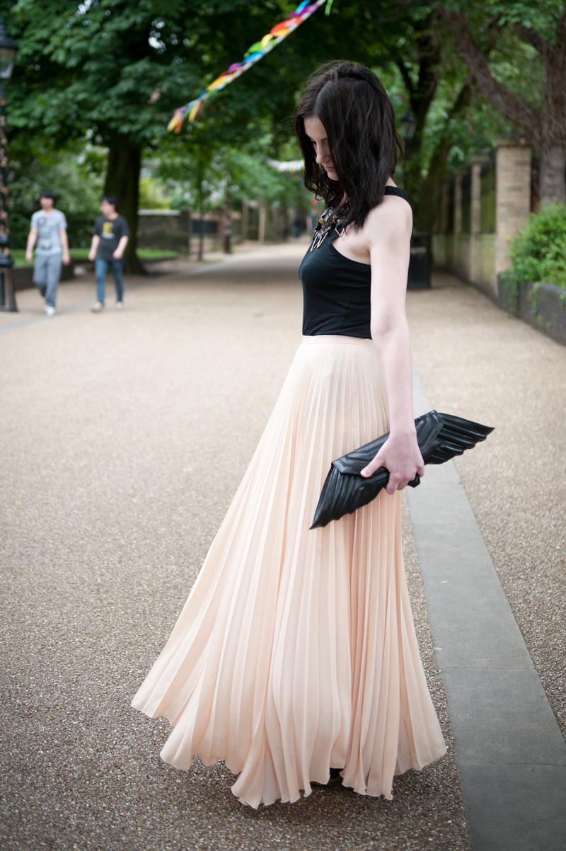 FAIIINT, Black, Nude, Outfit, WIWT, Jovonnista, Pleated, Maxi Skirt, Moxham, Anubis, Necklace, Bracher Emden, Jean Pierre Braganza, Geo, Clutch, Angie Gooderham, Ring, ASOS, Tank top