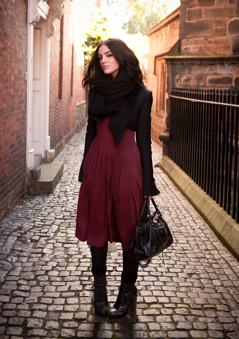 FAIIINT, Outfit, Snood, Knitted, ASOS, Dress, Jersey, Midi, Oxblood, Burgundy, Red, Black, Todd Lynn, Topshop, Faux, Fur, Tux, Jacket, Tuxedo, Blazer, Cropped, Topshop, Boutique, Boots, Socks, Balenciaga, City, Fashion, Street Style, WIWT, Fashion Blogger