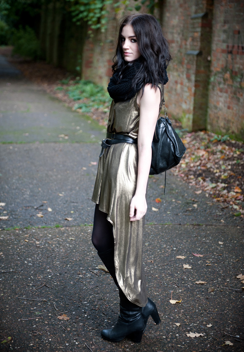 FAIIINT, Outfit, Gold, Black, Oh My Love, Sophia, Dip Hem, Dress, Mullet Dress, Asymmetric, Metallic, Foil, Tank, Jersey, Topshop, Knee High, Boots, Leather, Snood, ASOS, Balenciaga City, Wrap Belt, Style, Blogger, Fashion