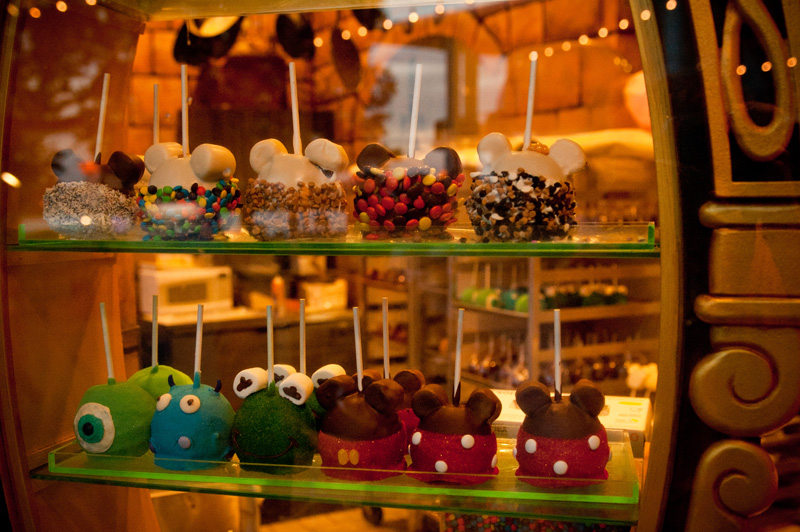 Downtown Disney, Disneyland, Walt Disney World, Candy Apples, Toffee, Micky Mouse, Kermit, Sweets, Shop, Candy