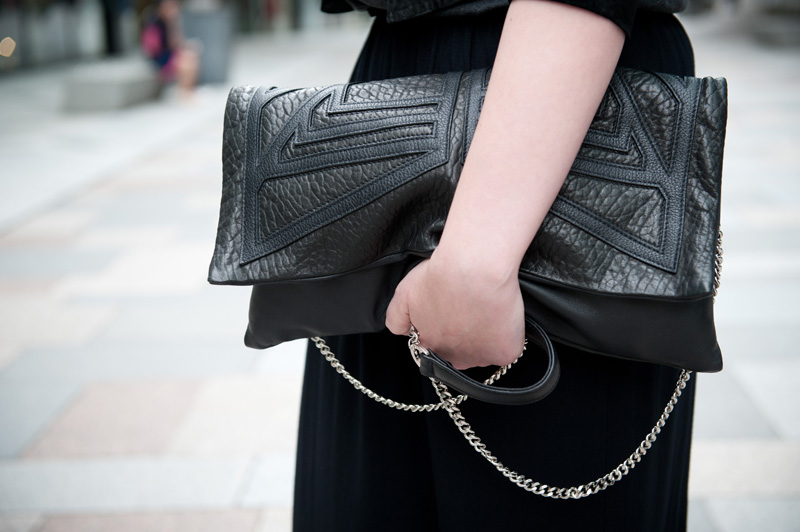 FAIIINT, Outfit, Black, Grey, Bracher Emden, Clutch, Geo, Leather, Chain, Strap, Oversized, Textured