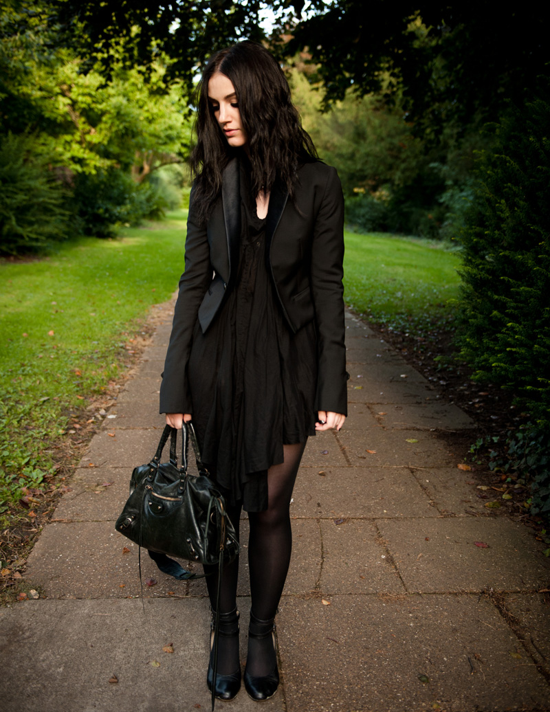 FAIIINT, Outfit, Topshop, Todd Lynn, Tux, Blazer, Tuxedo, All Saints, Draped, Dress, Vivienne Westwood, Shoes, Toe, Toe Indent, Mary Janes, Balenciaga, City, Bag, Ligia Dias, Necklace, Black, All Black,