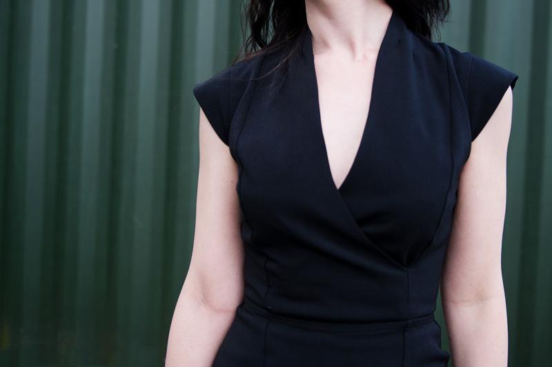 Fashion blogger Stephanie of FAIIINT wearing French Connection Manhattan black wrap over dress. Minimal, oriental, eastern, sci fi.