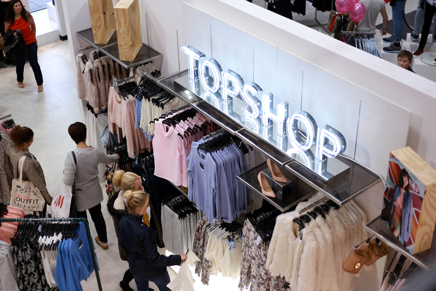 topshop-in-outfit-store