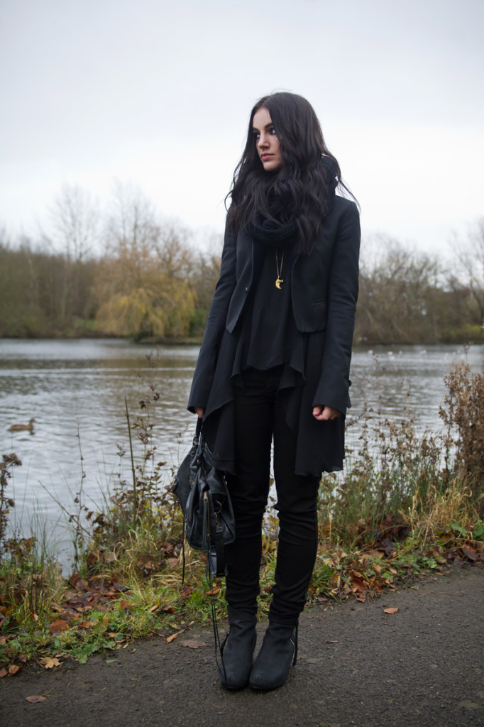 Fashion blogger Stephanie of FAIIINT wearing Todd Lynn x Topshop tux jacket, LOVE in love with fashion drape drop side top, Meltin Pot B-side reversible emma jeans, Kurt Geiger strut wedges, ASOS snood, Balenciaga city bag. All black outfit, gothic, casual.