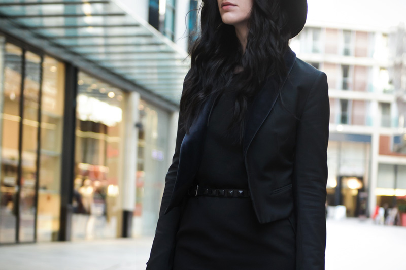 Fashion blogger Stephanie of FAIIINT wearing Catarzi fedora, Paper Dolls mesh panel dress, Topshop studded belt, Todd Lynn for Topshop Tux jacket blazer. All black outfit, gothic street style.