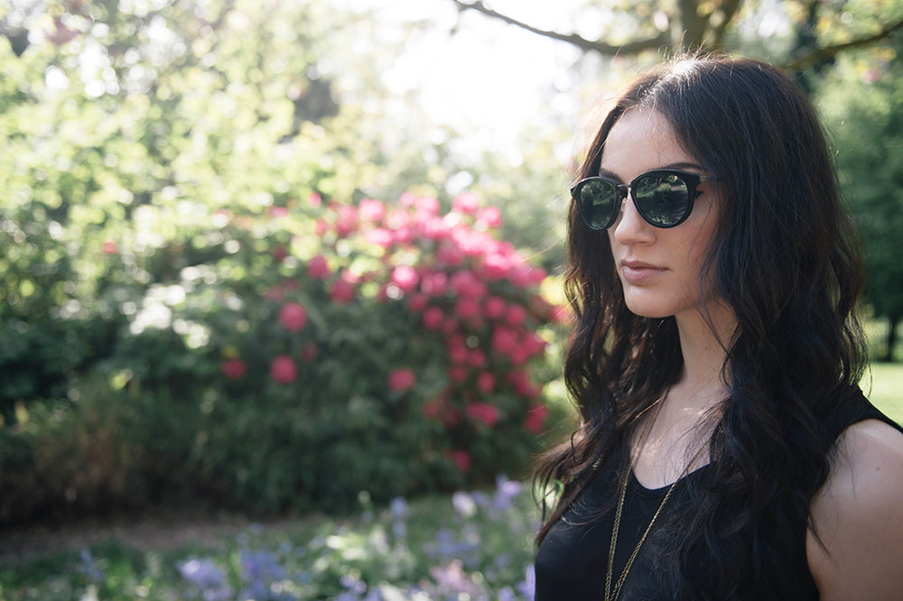 Fashion blogger Stephanie of FAIIINT wearing Maui Jim Kolohe Sunglasses