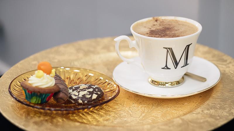 FAIIINT Malcolm Murphy Hair award winning Leicester hairdressers salon coffee & biscuits