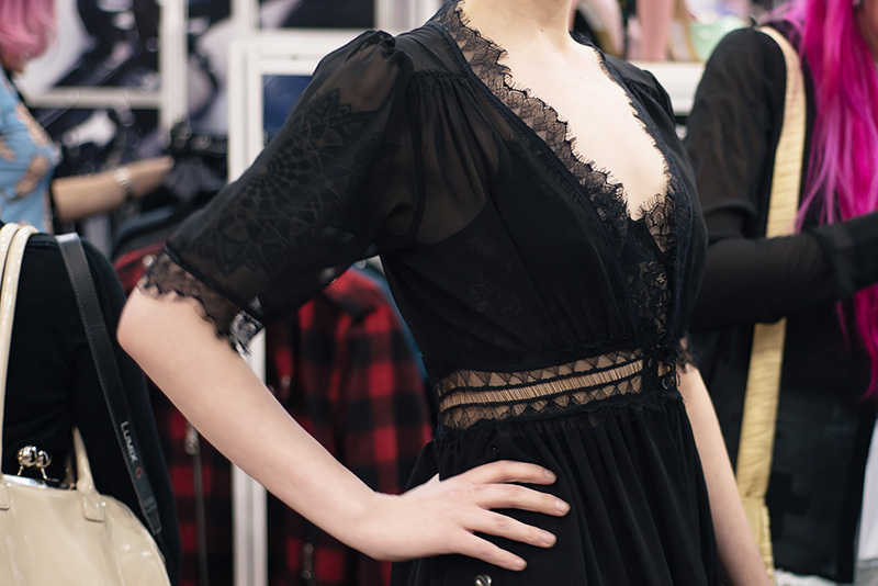 FAIIINT fashion blogger meet up event at London Edge 2015 Olympia Exhibition Centre. Widow lace dress.