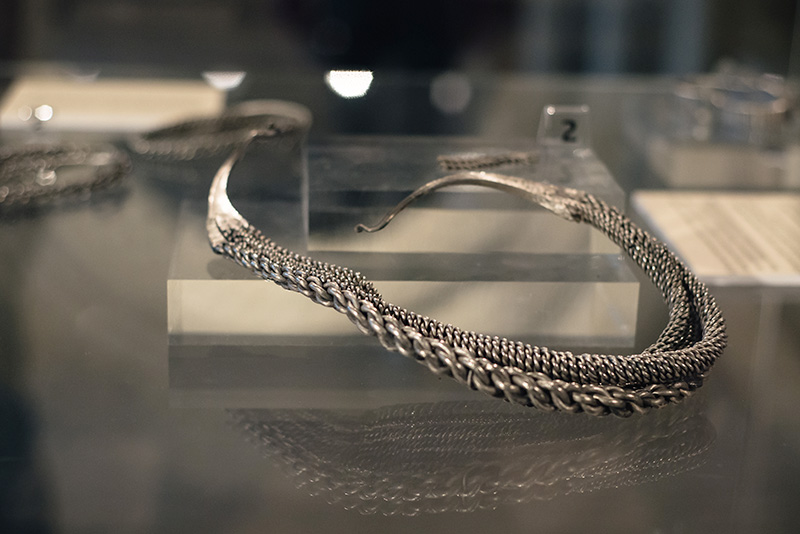 FAIIINT York weekend break. Yorkshire Museum viking silver jewellery, heavy collar from the Bedale Hoard.
