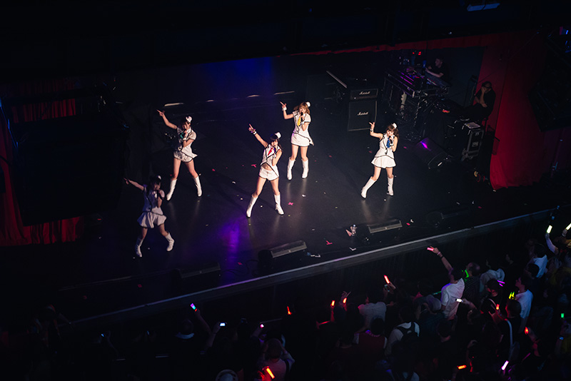 FAIIINT Hyper Japan Festival 2015 at The o2 London. Honey Spice girl group performing live.