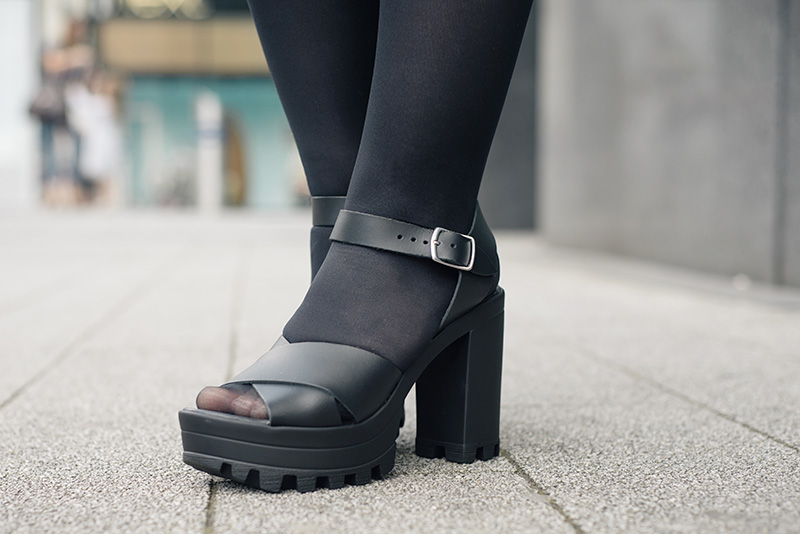 FAIIINT New Look black leather cleated sole platform sandals.