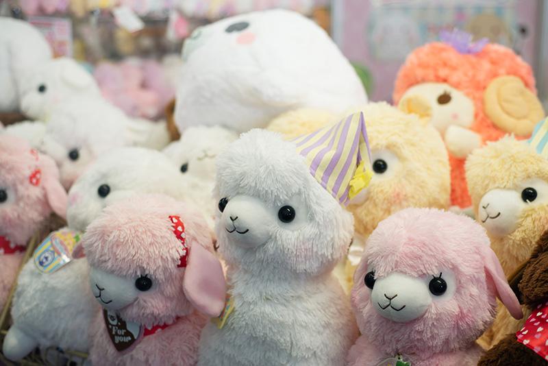 FAIIINT Hyper Japan Festival 2015 at The o2 London. Fluffy alpacasso teddies toys.