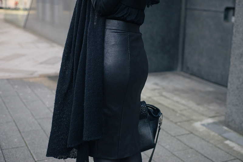 Fashion blogger Stephanie of FAIIINT wearing Rita and Phill custom fit Elaine skirt in snake, ASOS draped scarf. Outfit details.