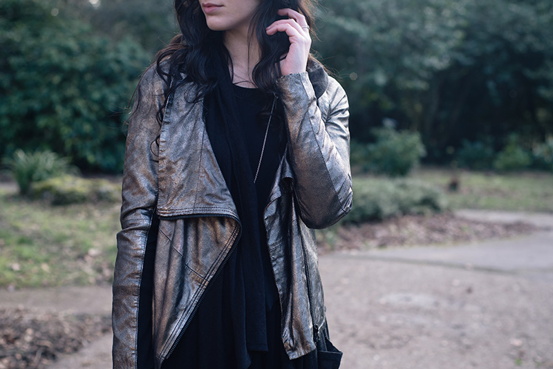 Fashion blogger Stephanie of FAIIINT wearing MuuBaa metallic pewter silver leather drape jacket, H&M hoodie cardigan. Outfit details.