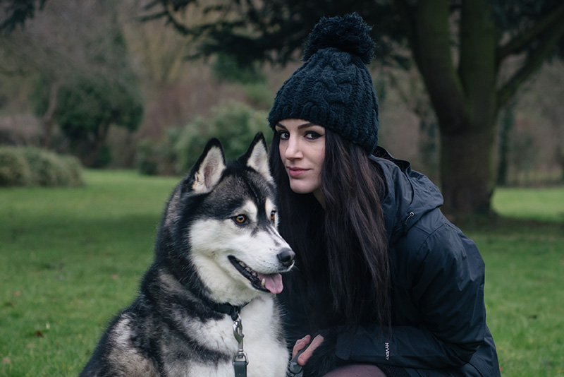 Fashion blogger Stephanie of FAIIINT with husky dog Nico wearing OASAP pom pom beanie, The North Face Evolution TriClimate 3 in 1 jacket. Outfit details.