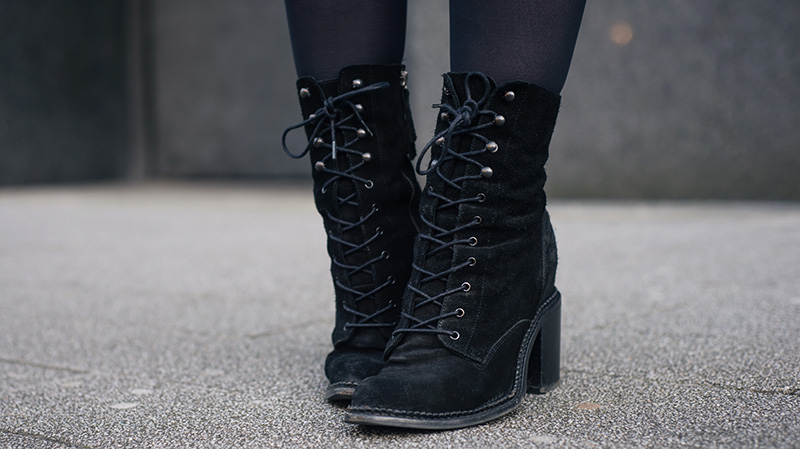 FAIIINT Kurt Geiger black suede 'Saturn' lace up boots.