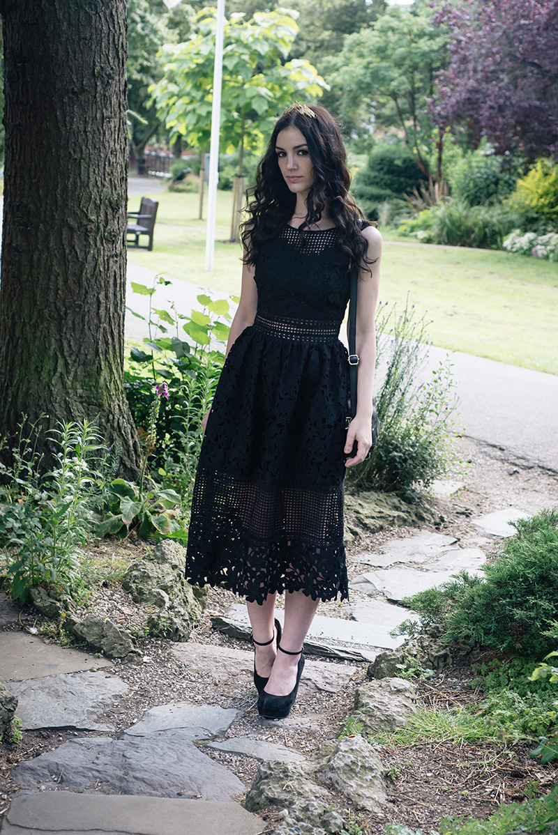 Fashion blogger Stephanie of FAIIINT wearing ASOS gold leaf crown headband, Miss Selfridge mixed lace dress, Aldo suede wedges. All black everything gothic wedding guest outfit, dark street style.Fashion blogger Stephanie of FAIIINT wearing ASOSgold leaf crown headband, Miss Selfridge mixed lace dress, Aldo suede wedges. All black everything gothic wedding guest outfit, dark street style.