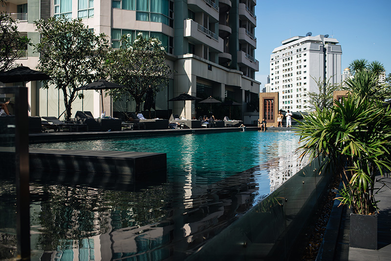 Anantara Sathorn Bangkok hotel Thailand pool area.