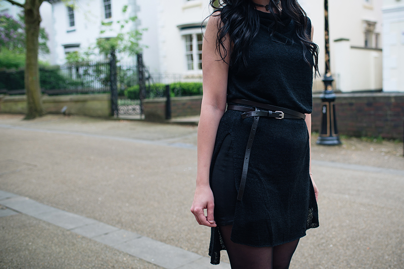 Dark style fashion blogger Stephanie of FAIIINT wearing H&M cowl knit tunic, All Saints wrap belt. All black street style outfit details.