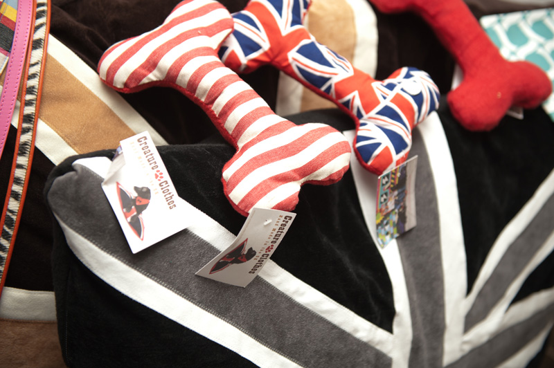 PetsPyjamas Fashion Blogger Puppy Dog Party, Creature Clothes, Bones, Toys, Plush, Bed, Cushion, Pillow, Union Jack