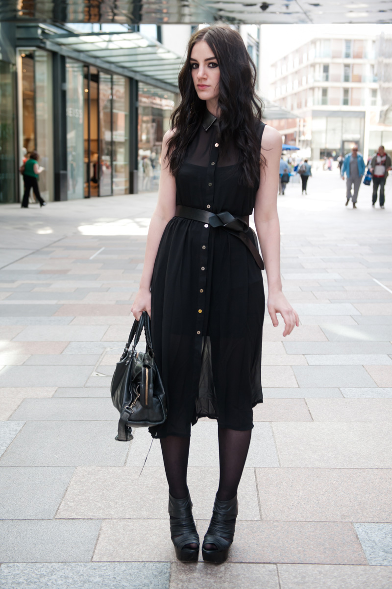 Fashion blogger FAIIINT wearing Goldie pewter metallic leather collar chiffon shirt dress c/o stylistpick, H&M leather knotted belt, Topshop Boutique bandage leather platform wedges, balenciaga city bag. All black, dark fashion, gothic street style