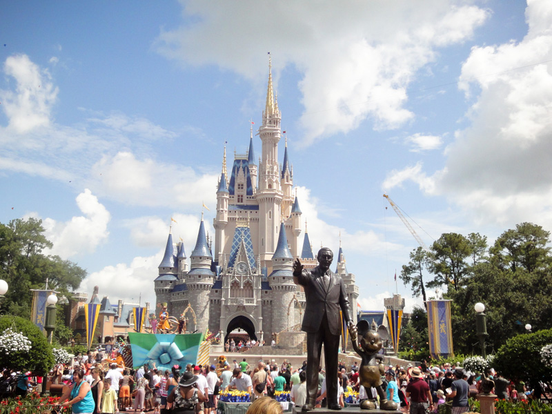 Magic Kingdom, Castle, Cinderella, Disney, Disneyland, Walt, Disney World, Florida, Statue, Micky Mouse, Walt Disney, Parade
