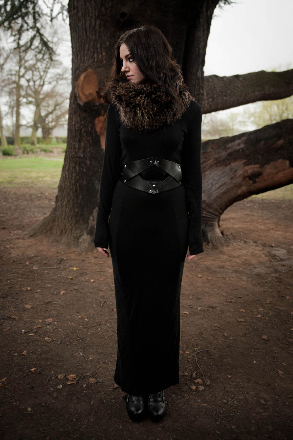 FAIIINT, Faux Fur, Snood, Black, Maxi Dress, Outfit, Park, Nature, Outdoors, Topshop Boots, COS Belt, Fur, Studs, Autumn, Winter