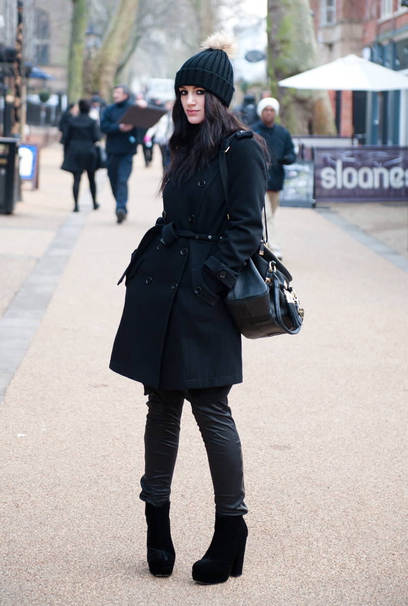 FAIIINT, Outfit, Street Style, Blogger, Fashion, Beanie, Fur, Pom Pom, Nelly, Nelly.com, Topshop, Wool, Trench Coat, Marc B, Bag, Eksempel, Leggings, Leather, StylistPick, Boots, Velvet, Eleonora, Knit, Cold, Winter, Autumn,