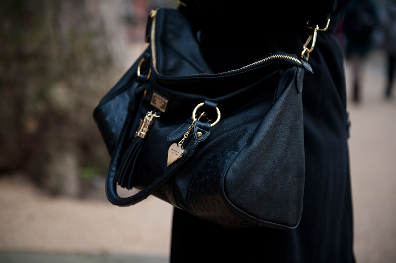 FAIIINT, Outfit, Detail, Marc B, Bag, Handbag, Faux, Leather, Gold, Black, Slouchy