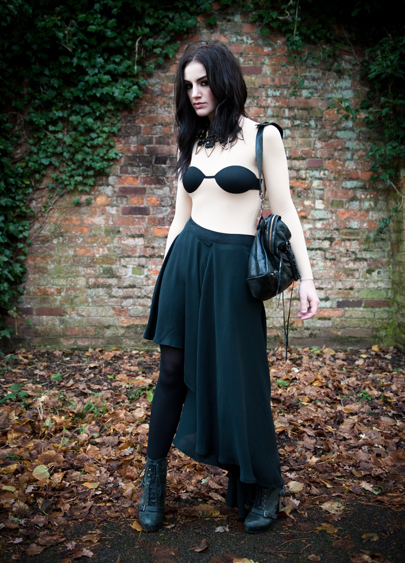FAIIINT, Stephanie Brown, Fashion Blogger, Outfit, Margiela, H&M, Bra, Top, Trompe L'oeil, Illusion, Bodysuit, Margiela x H&M, MMM, Masion Martin Margiela, Vero Moda, Skirt, Asymmetric, Mullet, Draped, Pleated, Topshop, Boots, Lace Up, Black, Nude, Gothic, Moody, Balenciaga, City, Bag, Moxham, Anubis, Necklace,