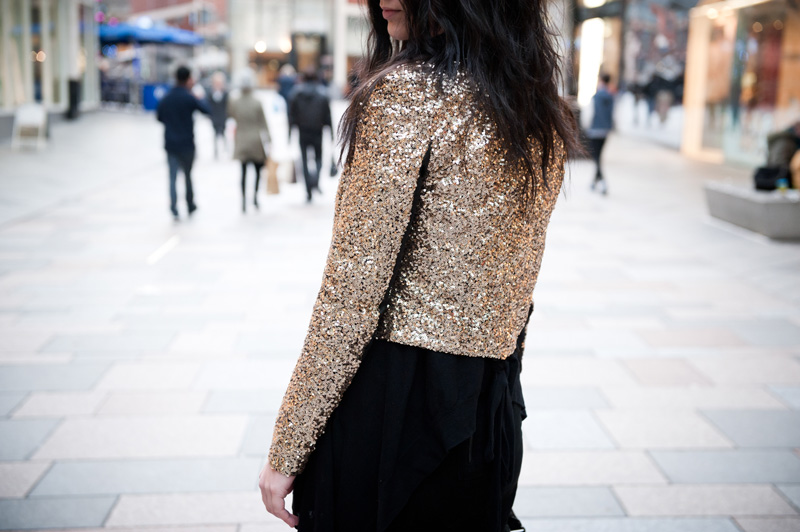 FAIIINT, Outfit, Black, Gold, Sequin, Glitz, Sparkle, Festive, Biker, Jacket, Mary Jane Fashion, ASOS, Dress, Mesh, Denim, Drape, Mango, Cardigan, Asymmetric