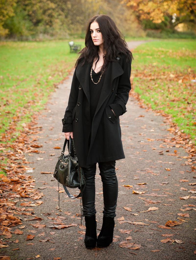 FAIIINT, Outfit, Blog, Fashion, Topshop, Coat, Trench, Wool, Stylist Pick, Boots, Velvet, Black, ASOS, Asymmetric, Top, Topshop Unique, Coated, Jeans, Leggings, Leather Look, CC Skye, Cross, Necklace, Balenciaga, City, Autumn, Winter, Style, Park