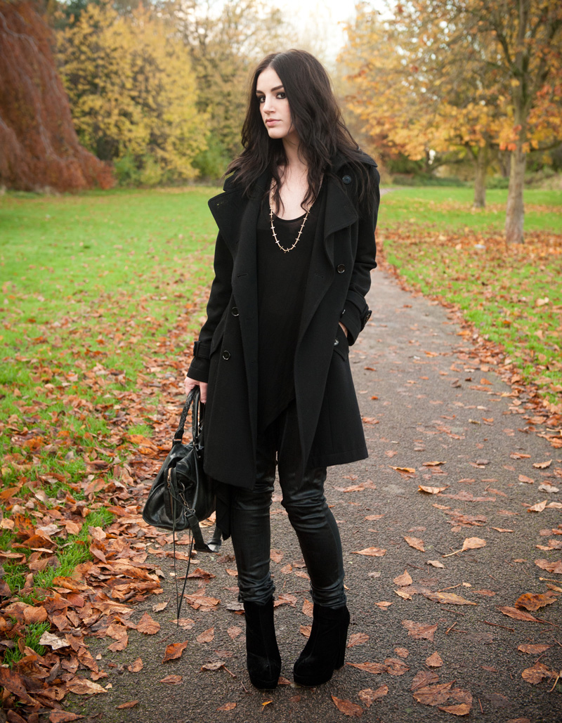 beautiful outfit black coat